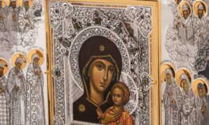Икона петровской божьей матери молитва